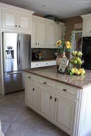 Cream Kitchen Cabinets by Best Cream Colored Kitchen Cabinets 36 For Your Home Design Ideas