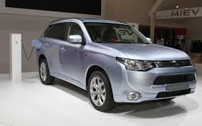 outlander mitsubishi lietuvos elektromobilių asociacija oficialiai pristatyta