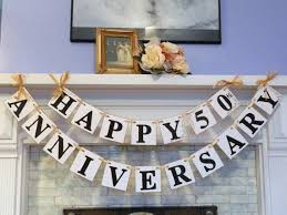 50th Anniversary Centerpieces To Make by Best 25 Anniversary Decorations Ideas On Pinterest 50th