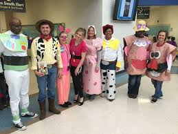 spirit halloween pay the best ever grade level costumes for teachers the tpt blog