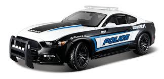maisto ford mustang amazon com maisto 1 18 2015 ford mustang diecast vehicle