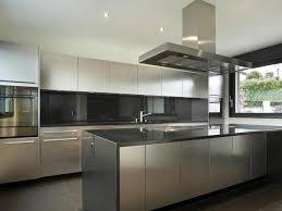 exemple de cuisine moderne cuisine et bois agencement de cuisine à ève cuisine inox