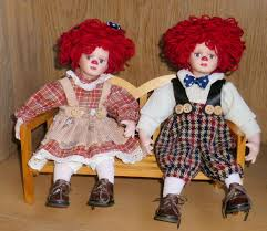 seymour mann raggedy ann and andy porcelain 9 5 inch dolls with bench