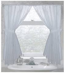 curtain ideas for bathroom windows tips ideas for choosing bathroom window curtains with photos