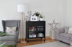 diez cosas para evitar en el salón ikea cortinas antes y después de un salón en color mostaza el taller de las