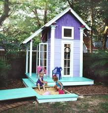 Backyard Playhouse Ideas Playhouse This Playhouse Makes A Great Outdoor Project And Is Sure