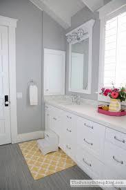 gray bathroom realie org