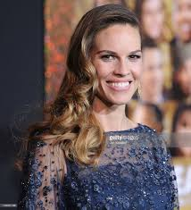 actress hilary swank arrives at the los angeles premiere new years picture id135031156