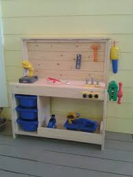 Simple Wood Workbench Plans by Best 25 Kids Workbench Ideas On Pinterest Kids Work Bench Kids