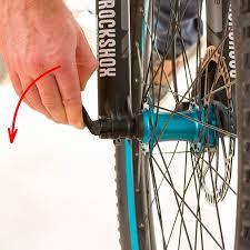 comment changer chambre à air vélo changer chambre à air vélo route 100 images comment changer un
