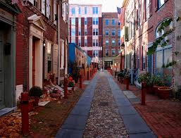 elfreth s elfreth s alley philly us s oldest residential street streets