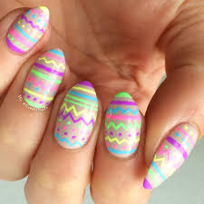 piggieluv guest post by creatinails easy nail art with gel pens