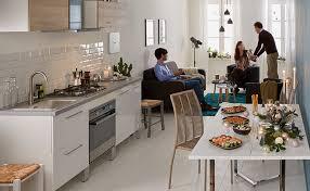 cuisine fonctionnelle petit espace aménager de petits espaces conseils et astuces alinéa