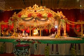 indian wedding stage crowdbuild for