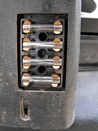 picture of fuse box 73 series 3