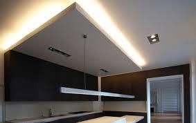 plafond suspendu cuisine faux plafond suspendu plafond platre idées déco maison