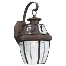Old Lantern Light Fixtures by Amazon Com Sea Gull Lighting 8067 71 Single Light Outdoor