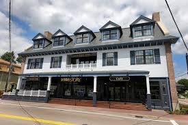 How Much To Build A House In Ma by Wimpy Kid U0027 Buys Author Jeff Kinney His Dream Bookstore The