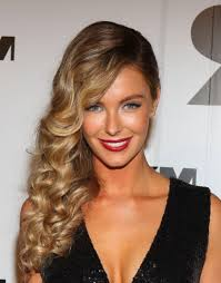 formal hairstyles forcurly long hair