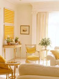 yellow livingroom yellow color decorating interior design and color psychology