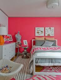 tableau pour chambre ado design interieur deco chambre ado lit coussins peinture corail
