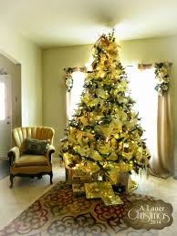 gold and silverhristmas interior decorating ideas