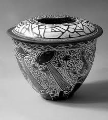 Black And White Vases The Sgraffito Fantastico