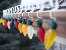 how to hang christmas lights on gutters gutter christmas lights christmas decor inspirations