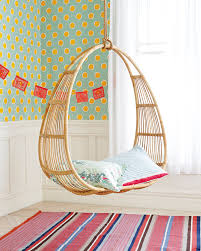 Egg Chair Hanging Outdoor Furniture Chairs That Hang From The Ceiling For A Stylish And