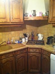 modele de cuisine lapeyre eclaircir une cuisine en chêne foncé ciré teint dans la masse au