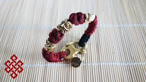 snake bracelet beads images How to make a snake knot paracord bracelet with beads and shackle jpg