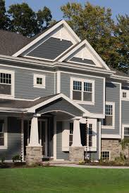 is the hardie plank color combination boothbay blue with evening