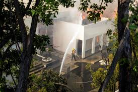 buy home los angeles california fires enter the heart of los angeles the new york times