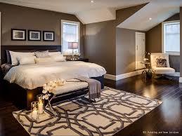 brown bedroom ideas hardwood floors in bedroom home decorating best 25