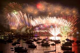 new year s australia ushers in 2015 with fireworks around the