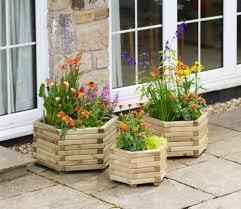 Restaurant Patio Planters by Buy Wooden Planters With Free Delivery Gardensite Co Uk