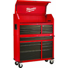 milwaukee 46 in 16 drawer tool chest and rolling cabinet set red