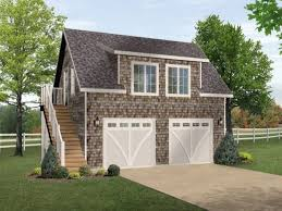 Cottage Style Garage Doors by Best 25 Two Car Garage Ideas On Pinterest Garage With Apartment