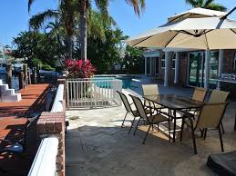 luxury home w huge tiki hut ra168254 redawning