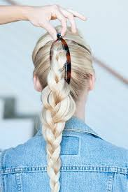 hair style wirh banana clip 7 easy banana clip hairstyles for every occasion victoria s glamour