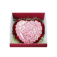100 Roses 100 Roses Boxed In Double Heart Bouquet