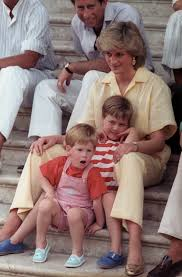 photos remembering princess diana u0027s life 20 years after her death