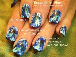 nail art tutorial diy easy monochrome blue flower nails design