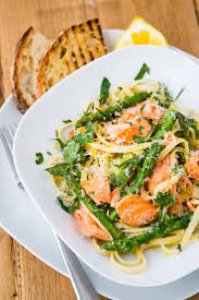 Pasta Recipes by Best 20 Salmon Pasta Recipes Ideas On Pinterest Pasta With