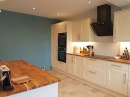 Howdens Kitchen Design Kitchen Area Howdens Burford Cream Oak Worktops Farrowandball