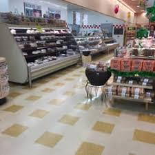 market basket 30 photos 36 reviews grocery 49 pond st