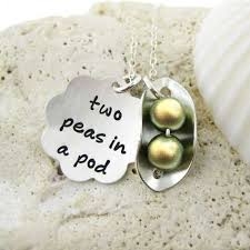 two peas in a pod jewelry jc jewelry design two peas in a pod personalized celebrate