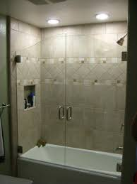 Bathroom Shower Tub Tile Ideas by Best 20 Bathtub Tile Ideas On Pinterest Bathtub Remodel Tub
