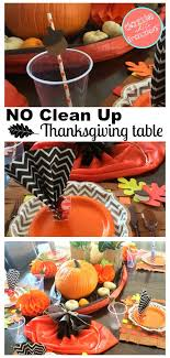 make an easy clean thanksgiving table thanksgiving table dinner