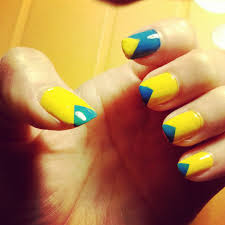 simple blue u0026 yellow triangle nail art tutorial munkie vs the world